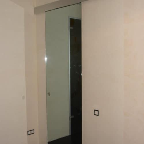 1252238755_glass_door_4