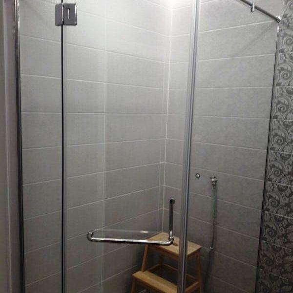 Душевое ограждение для ванной комнаты