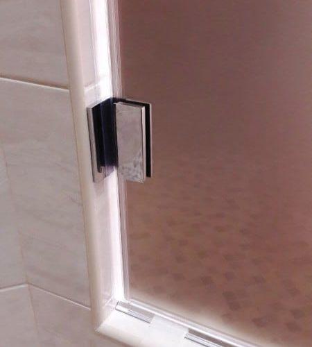 Дверь для душевой из закаленного стекла сатин толщиной 8 мм3
