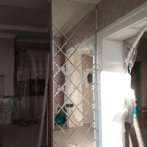 Фацетная композиция из зеркала серебро 2784х870 мм