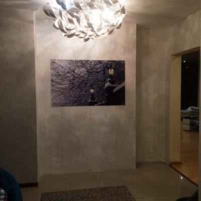 Панно на осветлённом закаленном стекле с фотопечатью по индивидуальному эскизу размером 800х1300 мм