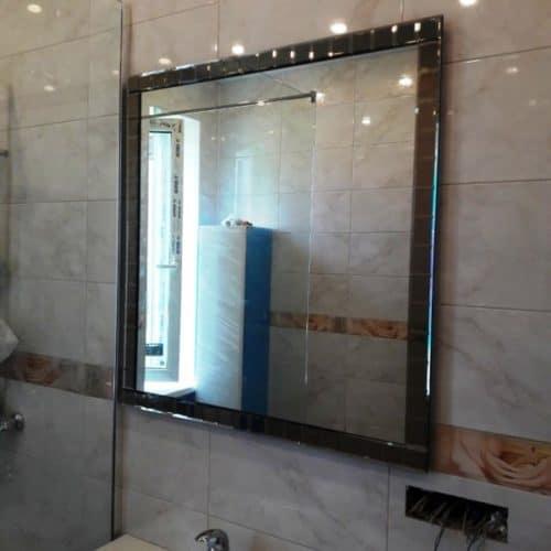 Зеркало с подсветкой в раме из фацетных элементов для ванной комнаты1
