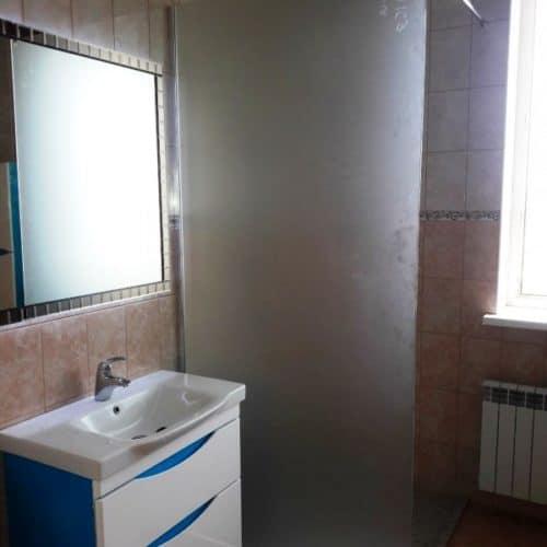 Зеркало с подсветкой в раме из фацетных элементов для ванной комнаты4