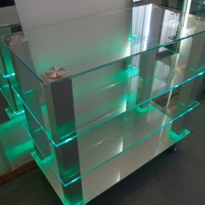 Мебель из стекла 10