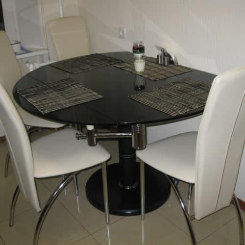 Столы и барные стойки 4